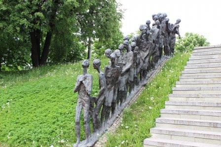 Мемориал жертвам гитлеровского геноцида «Яма»