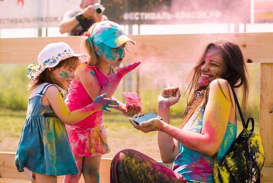 Фестиваль красок ColorFest пройдет в Минске 11 и 12 июля.